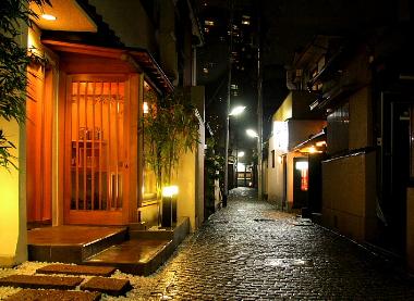 <br />神楽坂周辺エリアです。江戸情緒を感じます