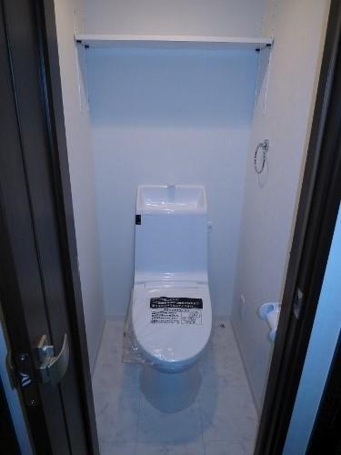 【トイレ】<br />温水洗浄便座付トイレ