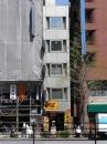JR山手線新宿駅の一棟売りビル