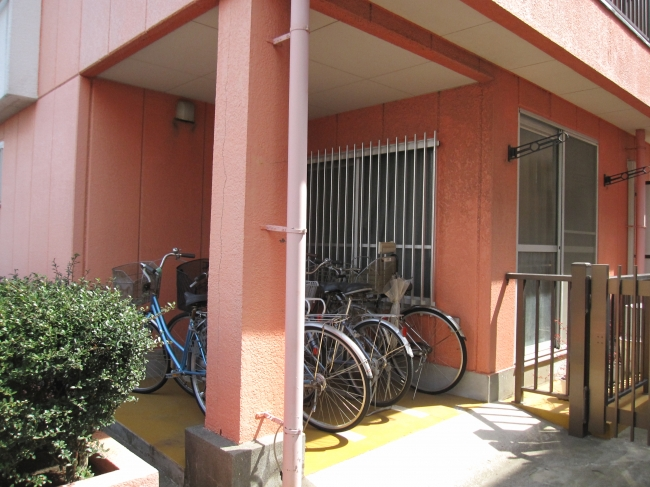 【建物外観】<br />駐輪場