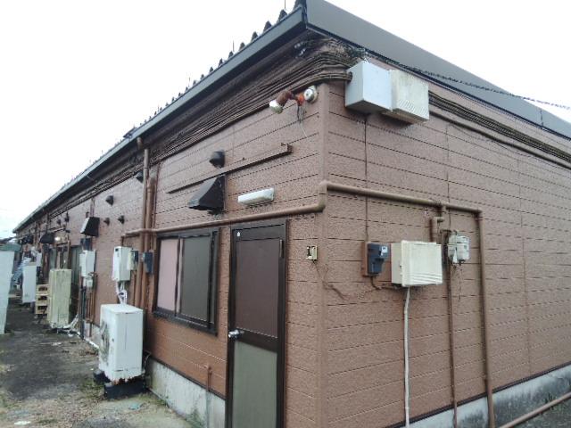 【建物外観】<br />2号館